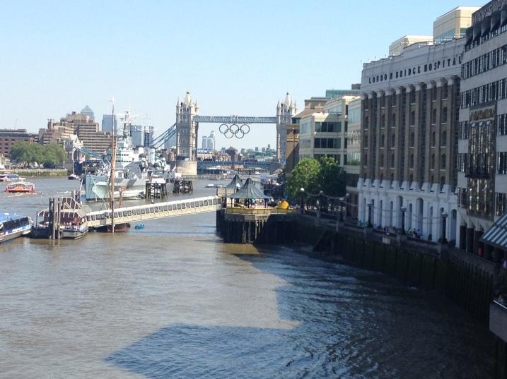 Tower Bridge / Olympics Rings